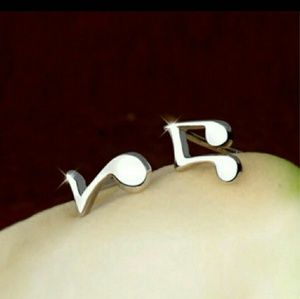 Jewelry - 😎🎼🎵🎸🎹 Hot Silver Music Note Earrings